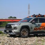 RAV4にAir/G Rocksでのカスタムも人気です。